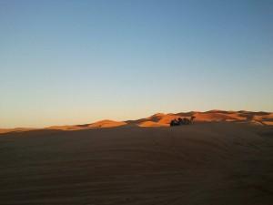 Coucher de soleil au désert